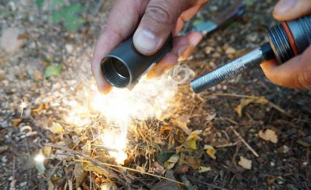 Survival Gear Outdoor tools